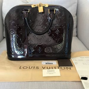 Authentic Louis Vuitton PM Vernis